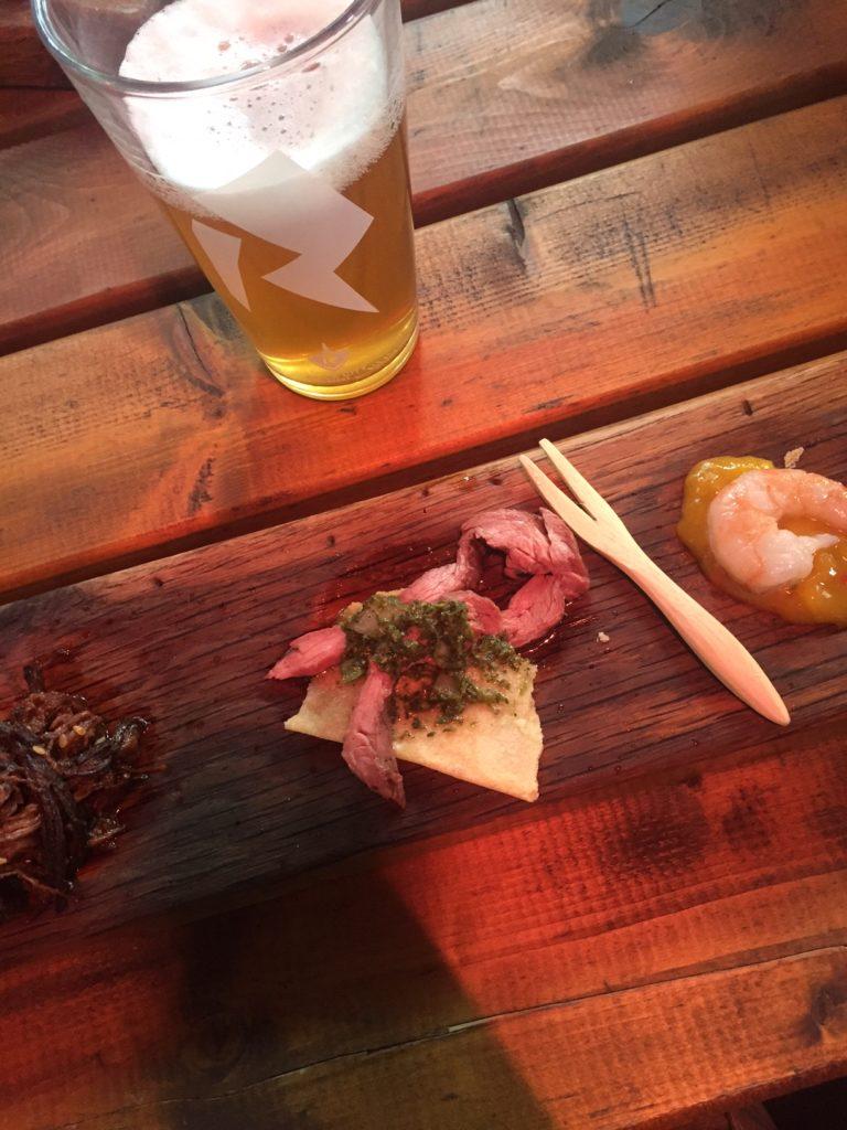 Plankje bij Hete Kolen Ontdekken en proeven in Amersfoort Foodblog Foodinista
