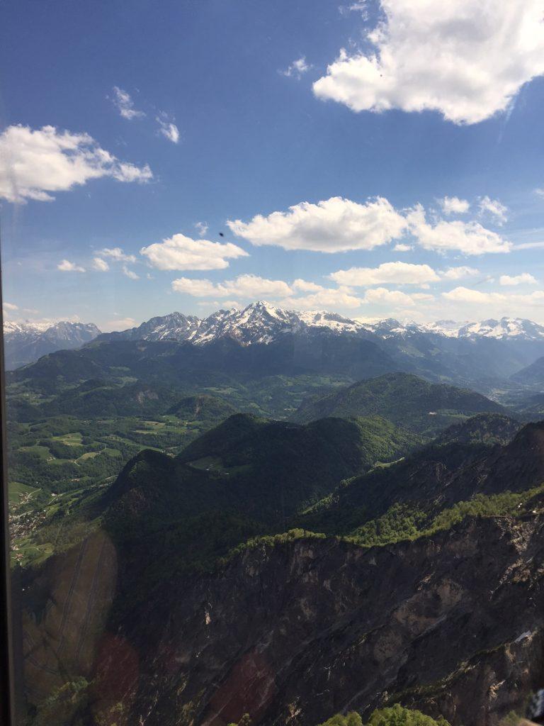 Uitzicht over Salzburg en omgeving met de Untersberghbahn