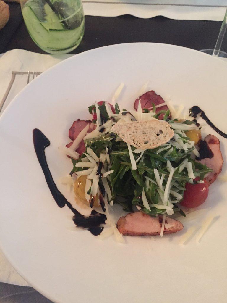 Kipsalade met balsamico voorgerecht bij Grecotel Pallas Athena Foodblog Foodinista