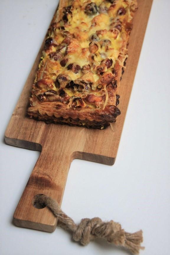 Recept voor hartige taart met kip, kersen en kerrie van foodblog Foodinista
