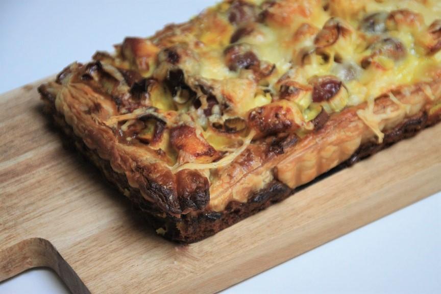 Recept voor kipkerriekersenquiche van Foodblog Foodinista