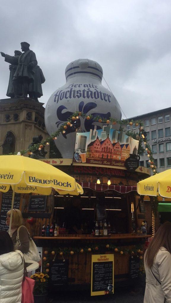 Foodie in Frankfurt Apfelwein Festival Foodblog Foodinista reist in Duitsland