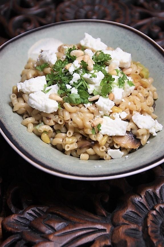 Macaroni met prei, champignons en feta recept van foodblog Foodinista