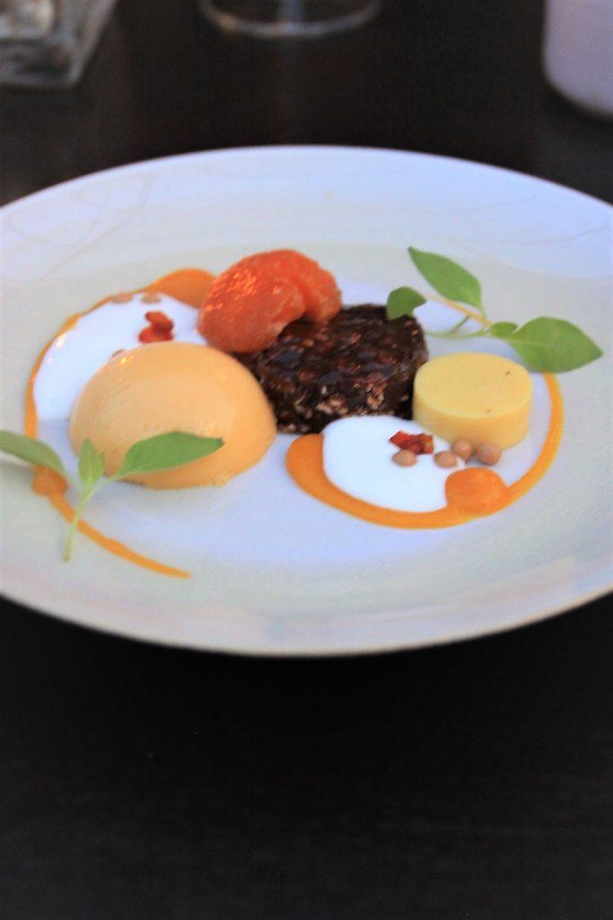 Abrikoos dessert Restaurant Karakter in Rotterdam Foodblog Foodinista