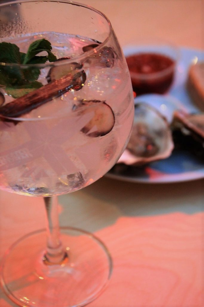 Gin Tonic en oesters Bar Mercado Antwerpen Smaakmeesters Ervaring Foodblog Foodinista