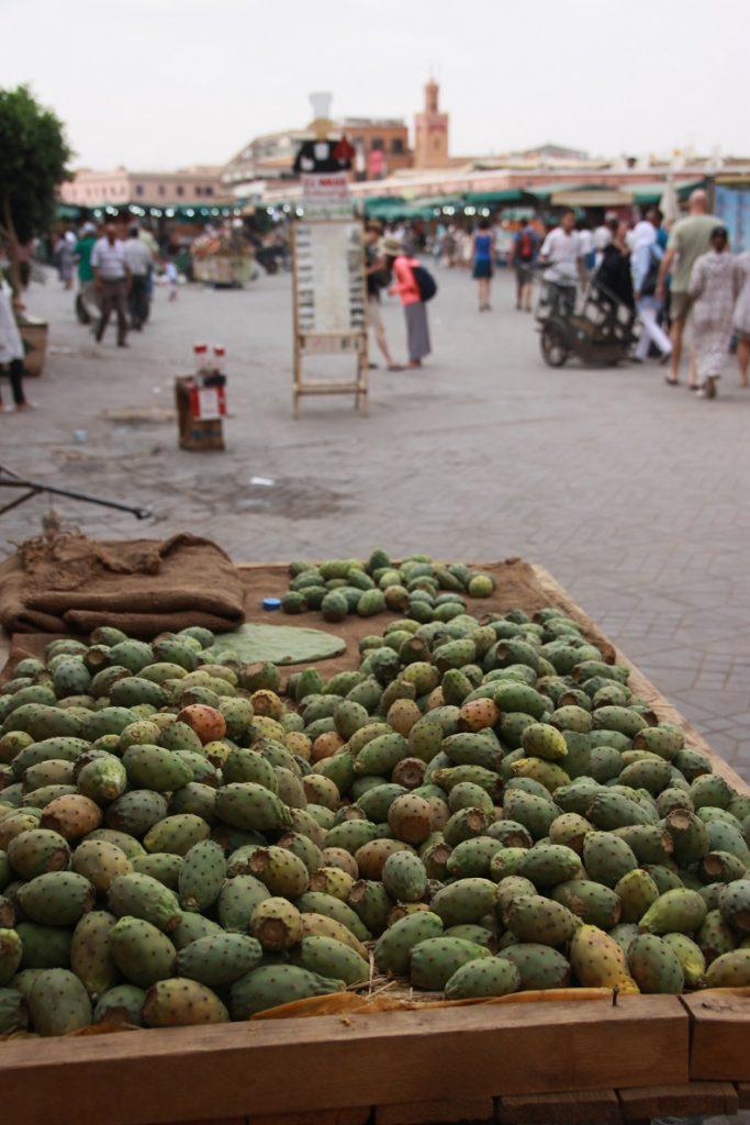 Cactusfruit op Djem El Fna in Marrakech Foodtour in Marrakech Foodblog Foodinista