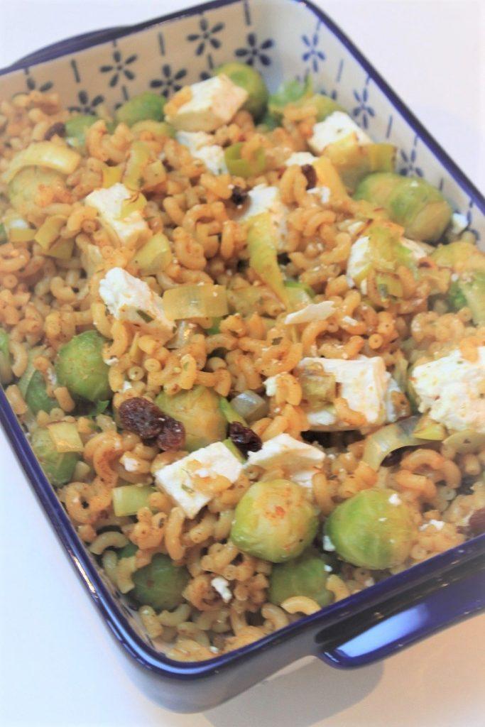 Macaroni met spruitjes, prei en feta recdept van Foodblog Foodinista
