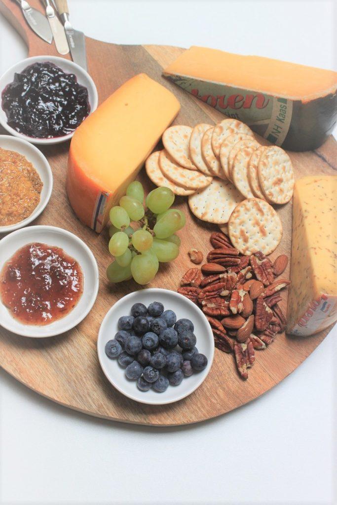 Een echte Nederlandse kaasplank tips van Foodblog Foodinista