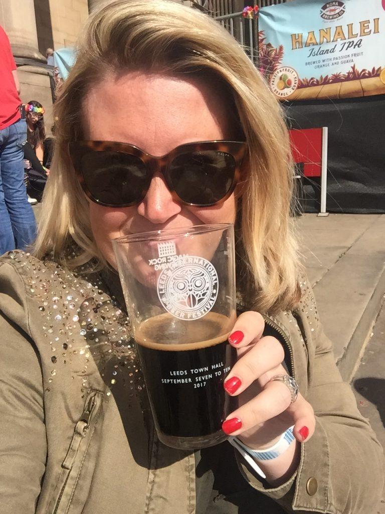 Bier proeven in het zonnetje Leeds Beer Festival tips Foodblog Foodinista
