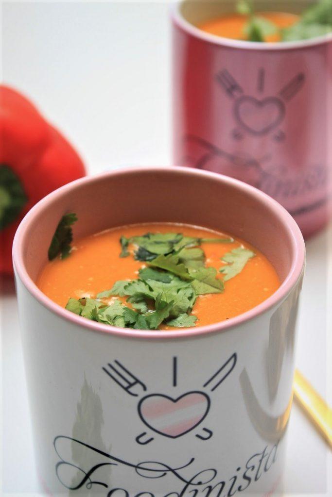 currysoep recept met paprika en zoete aardappel foodblog Foodinista
