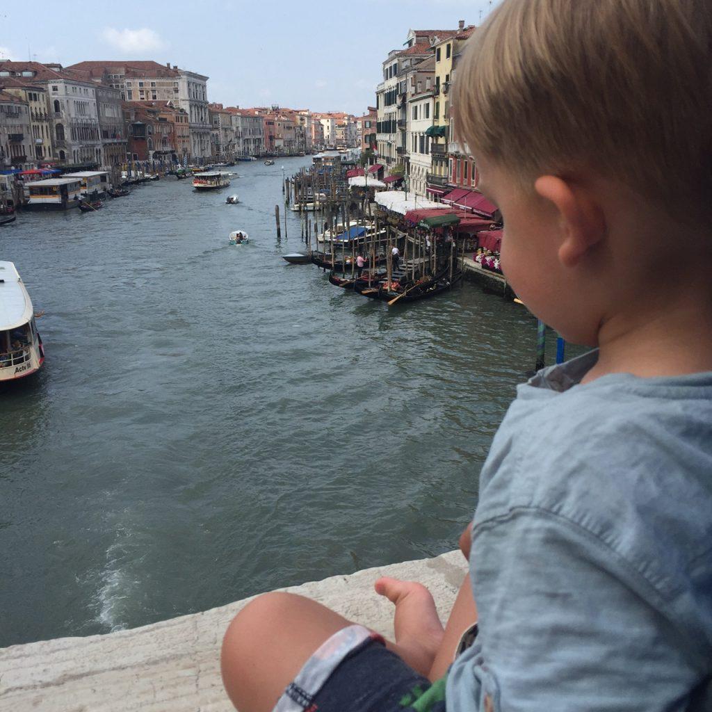 Uitzicht Venetië vanaf Ponte decli Scalzi reistips Italië Foodinista