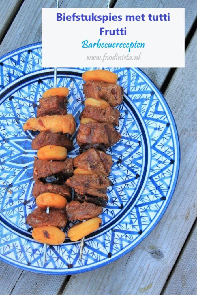 Biefstuk met tutti frutti barbecuespies recept Foodblog Foodinista