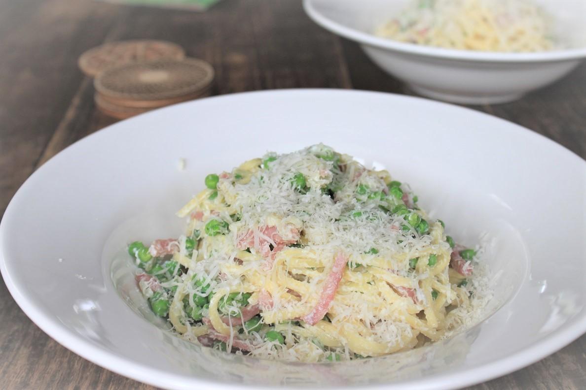 Spaghetti met doperwtjes en ham recept Foodblog Foodinista