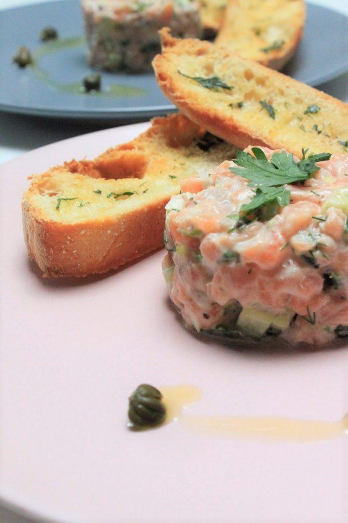 Klassieke zalmtartaar recept Foodblog Foodinista winactie Arcos koksmessen