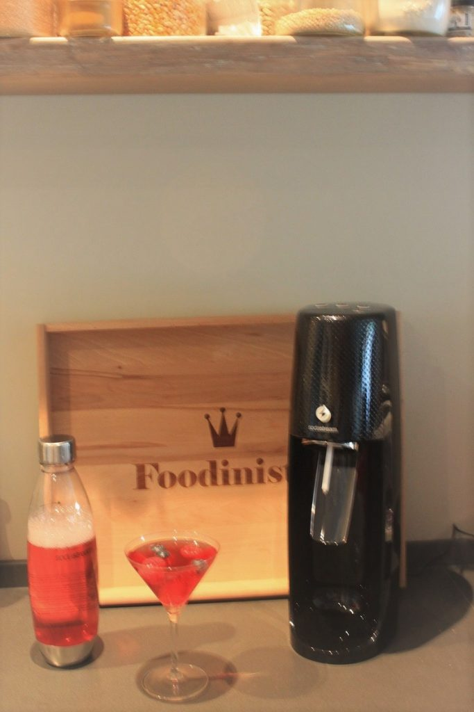 Sodastream Spirit One Touch met Mocktail Foodblog Foodinista