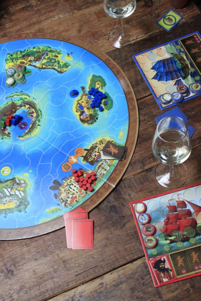 Spelletjesavond tip Captains of the Golden Age met Spaanse borrelplank Foodblog Foodinista