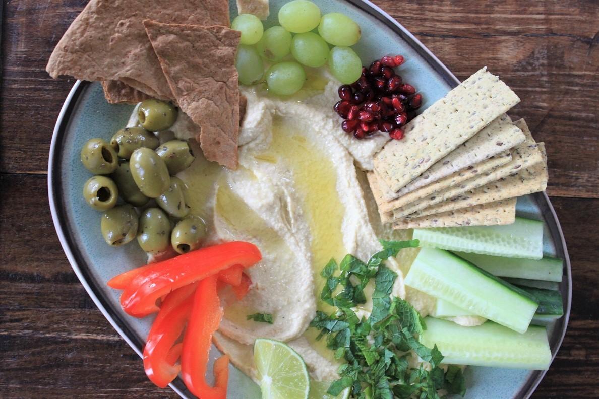 Hummus borrelplank recept van Foodblog Foodinista