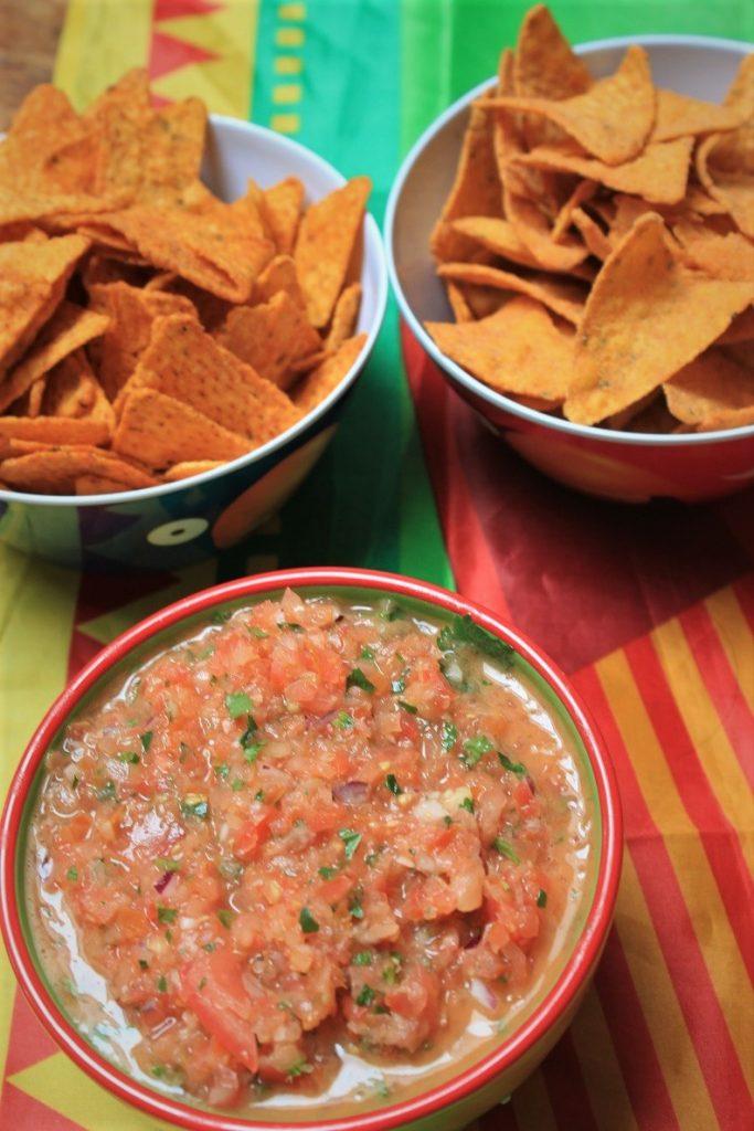 Mexicaanse fiesta Mexicaanse tomatensalsa met Croky Tortilla winactie op Foodblog Foodinista