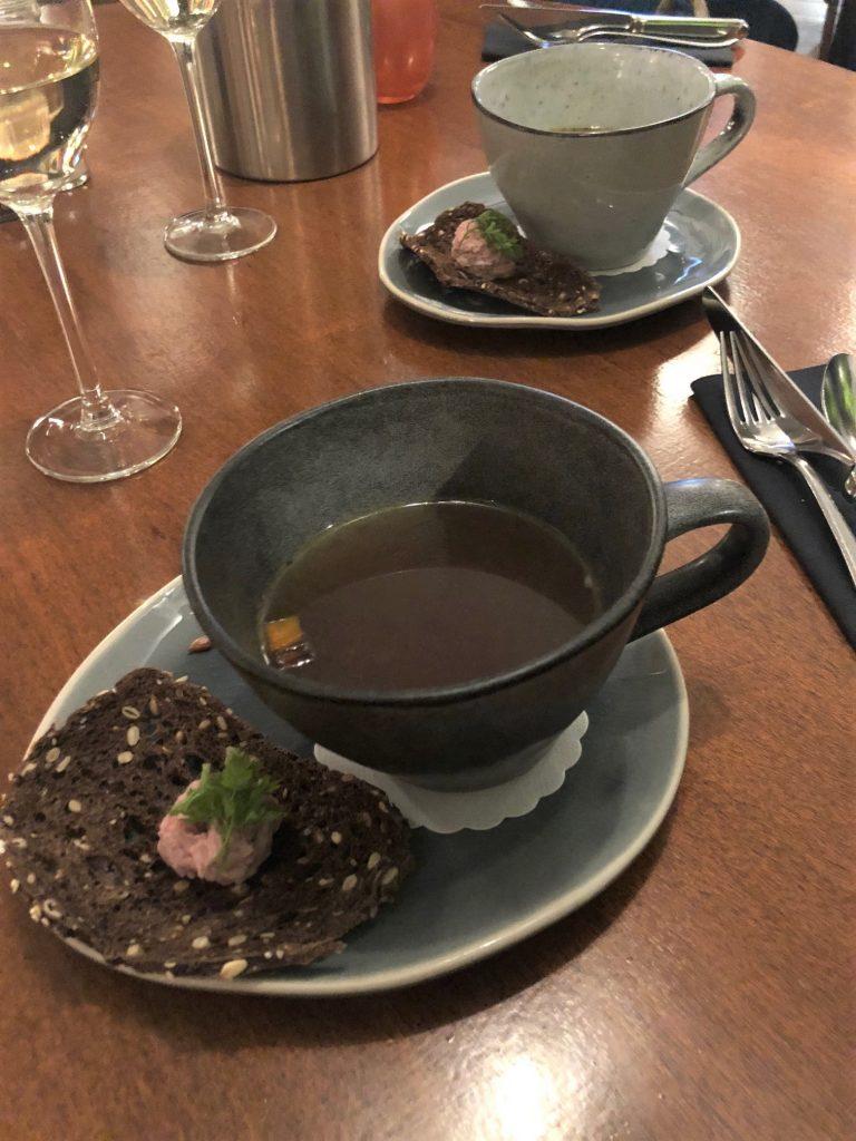 Gevogelte bouillon Proeven met Social Deal bij Restaurant De Boschkens Foodblog Foodinista