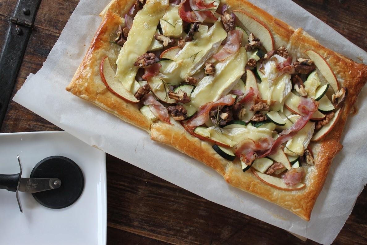 Plaattaart recept brie courgette appel spek walnoten Foodblog Foodinista
