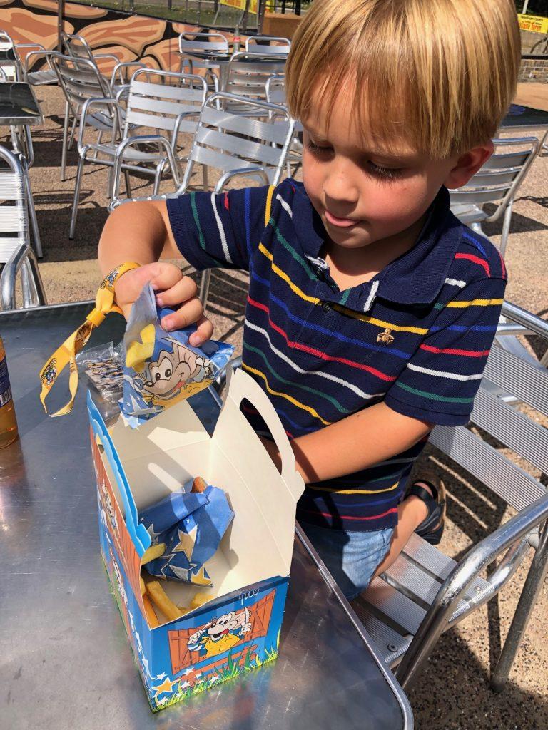 Julianatoren kindermenu genieten voor kinderen tips voor een dagje weg Foodblog Foodinista