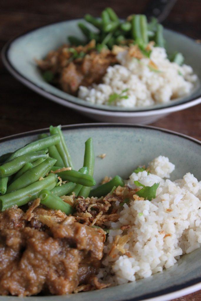 Recept voor stoofschotel met satésaus recept van Foodblog Foodinista