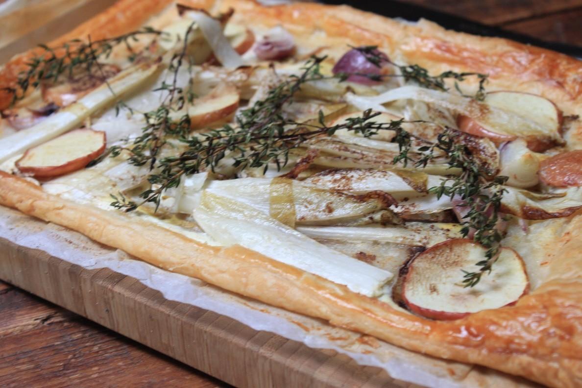 Hartige taart recept met geitenkaas, witlof en appel van Foodblog Foodinista