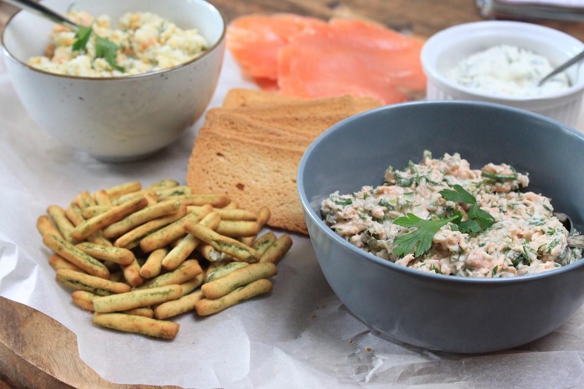 Borrelplank met zalm recepten van Foodblog Foodinista
