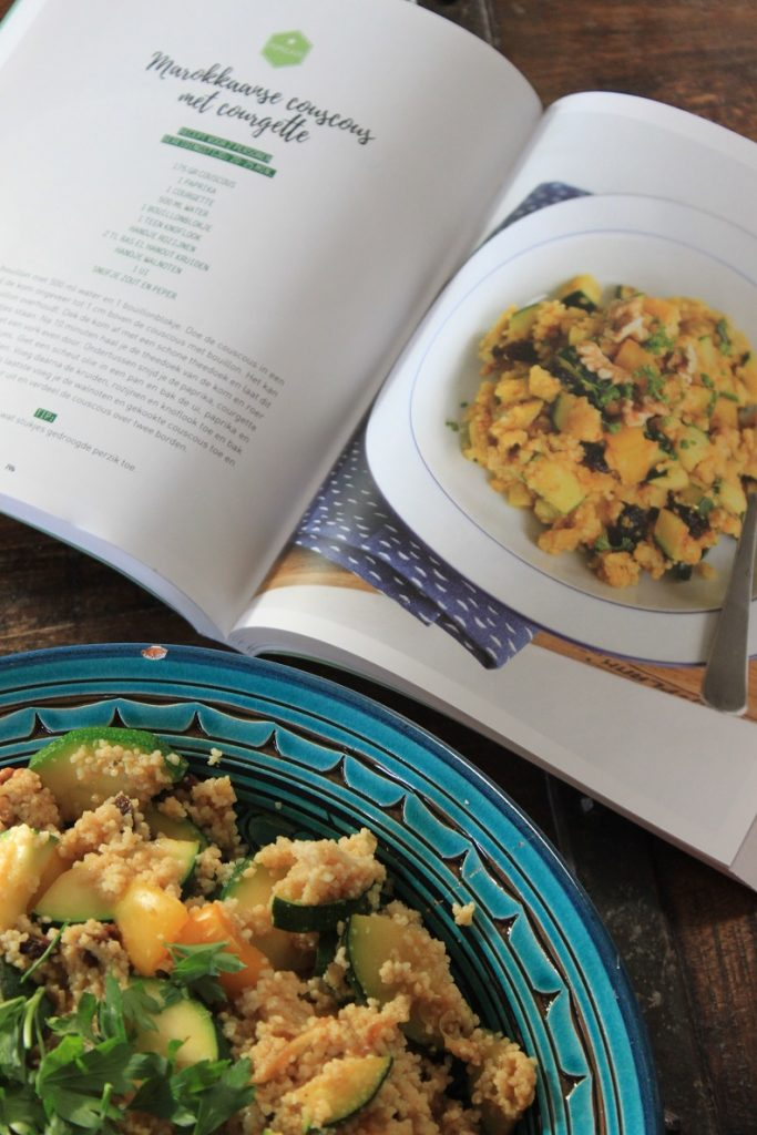 Recept couscous met courgette van Lekker & Simpel Kookboek Elke dag - Tips van Foodblog Foodinista