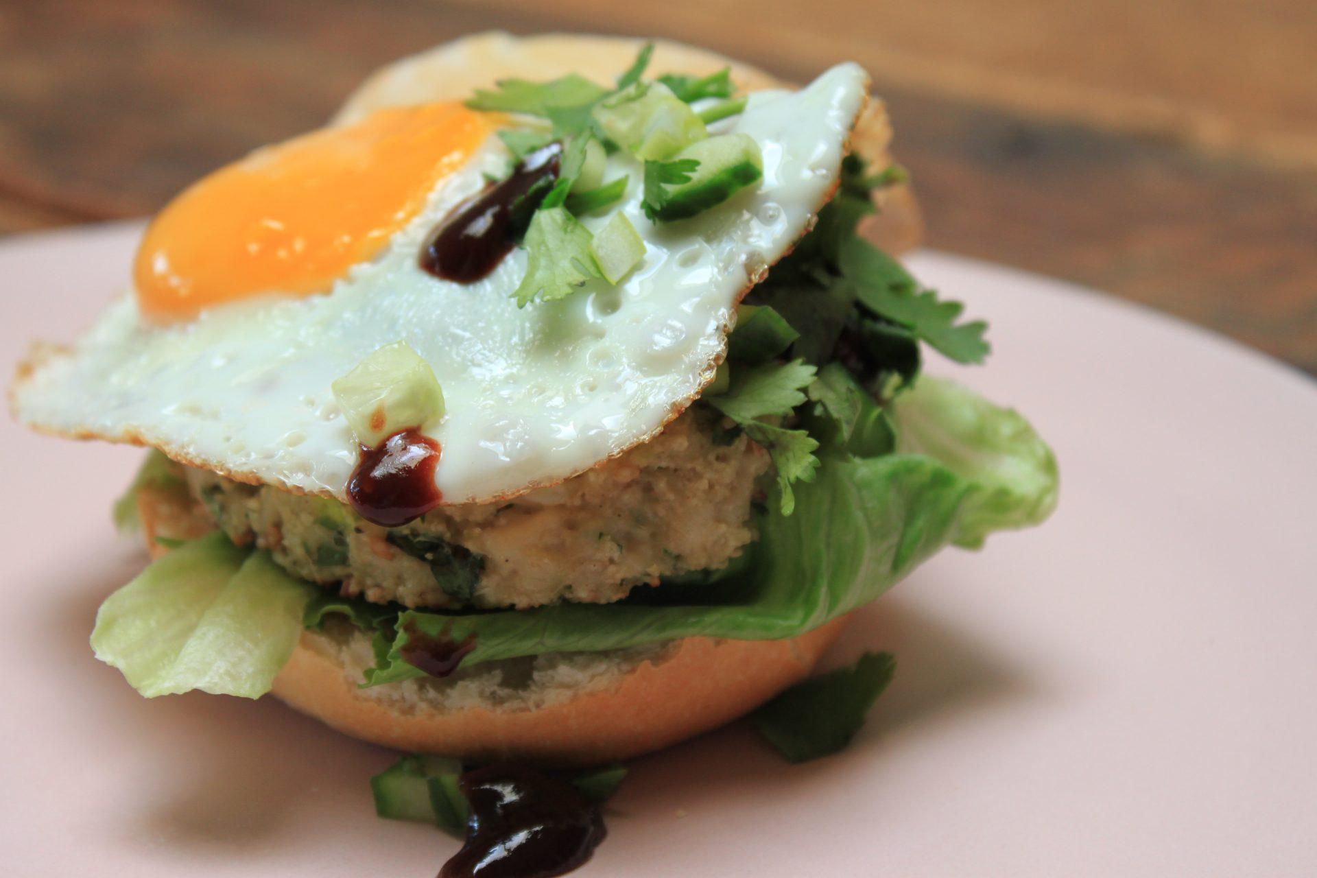 Kipburger met hoisin recept van Foodblog Foodinista