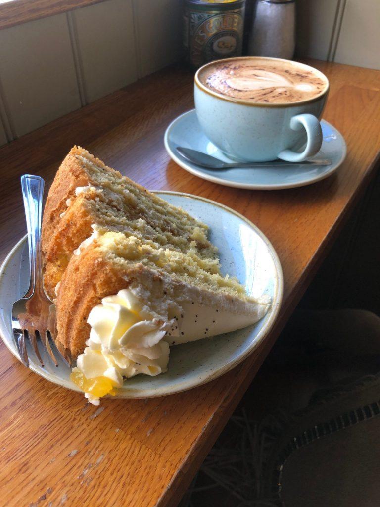 Reis tips in Verrassend Newcastle Upon Tyne van Foodinista Taart en cappucino bij Olive & Bean in Newcastle