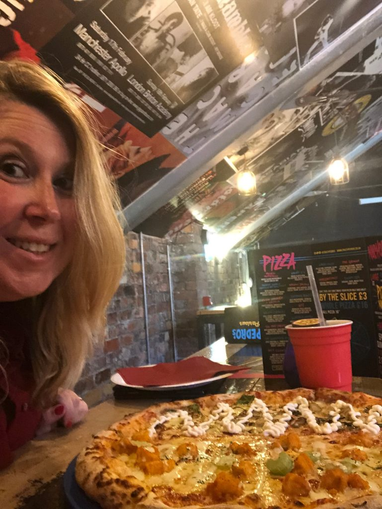 Pizza party bij Crazy Pedro's in Liverpool eten en drinken tips Foodblog Foodinista