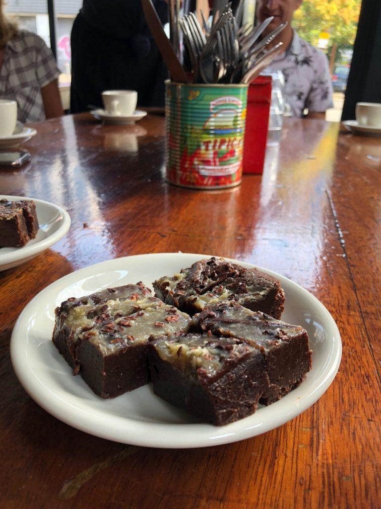 Brownies Mackie Mayor Foodhall Eten en drinken tips in Manchester Foodblog Foodinista