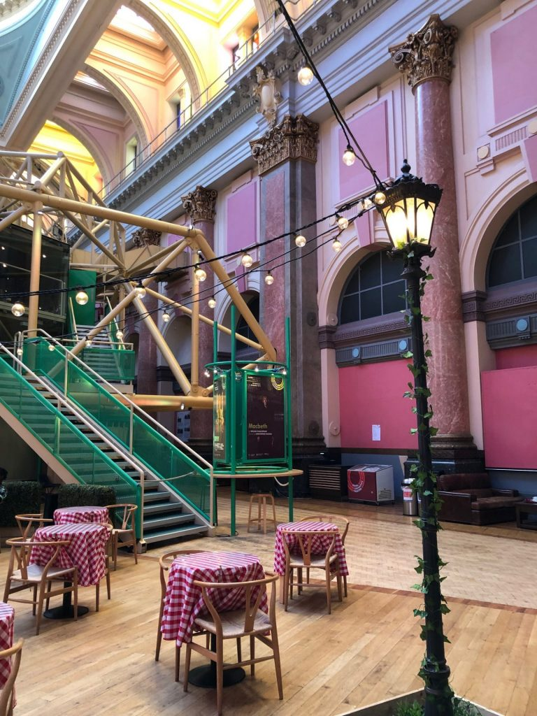 Royal Theatre Eten en drinken tips in Manchester Foodhal Foodblog Foodinista