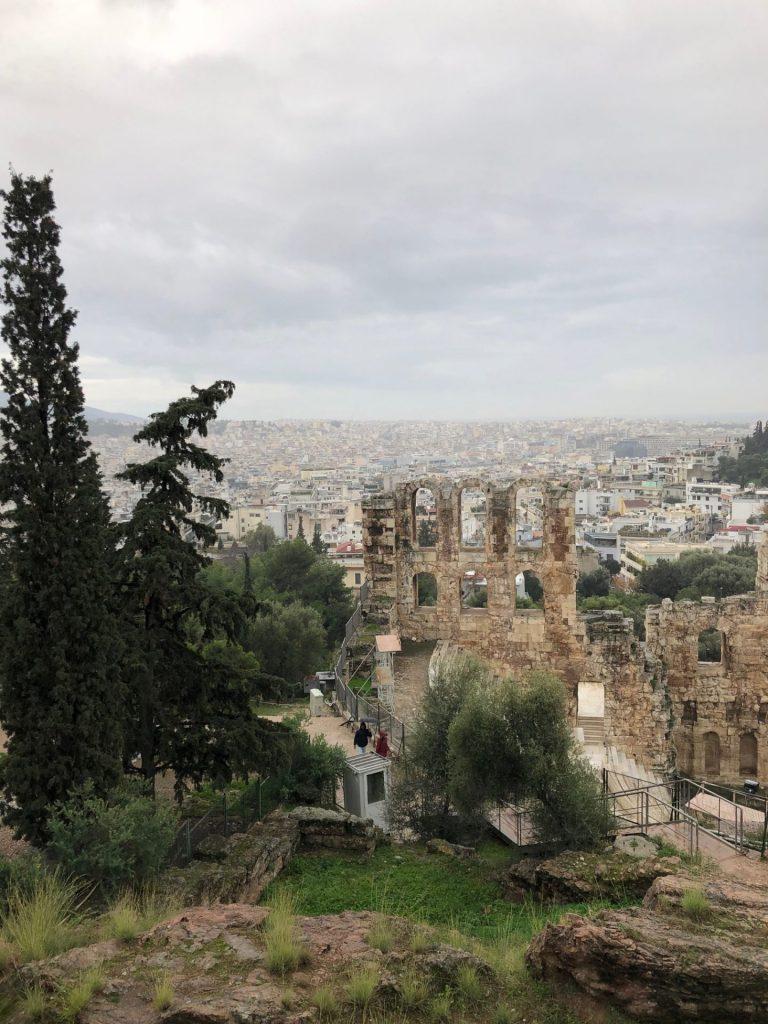 Uitzicht vanaf de Akropolis Citytrip Athene in de winter Tips van Foodinista