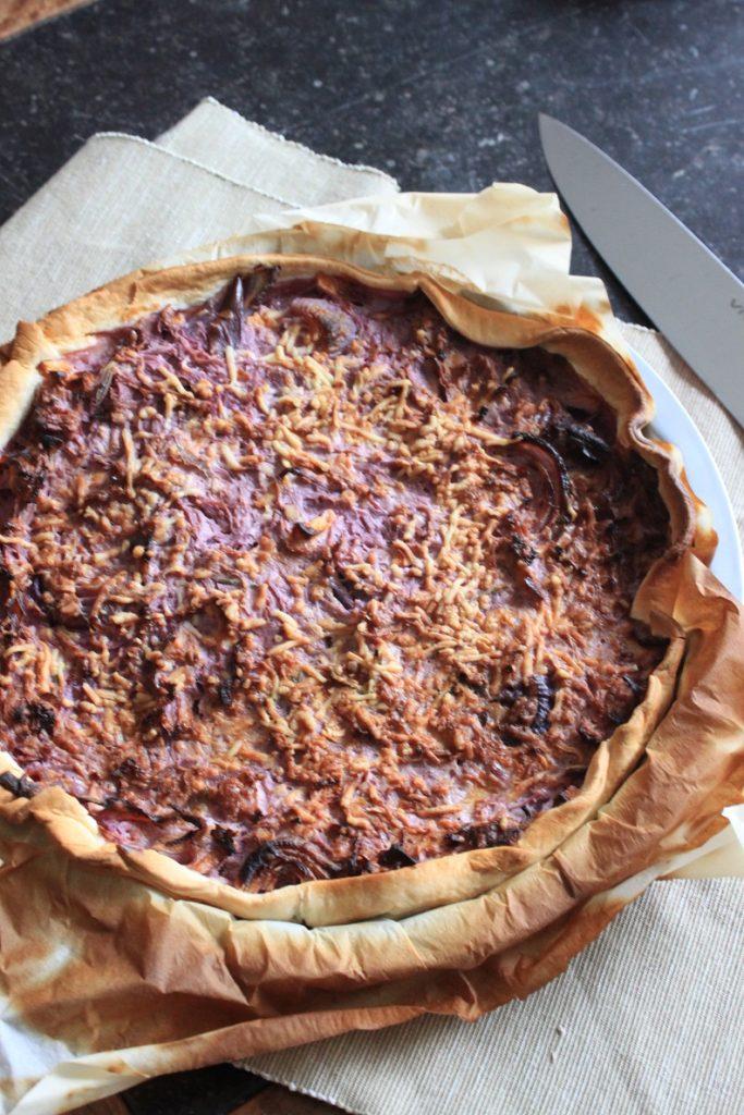 Hartige taart met rode kool, geitenkaas en appel recept van Foodblog Foodinista