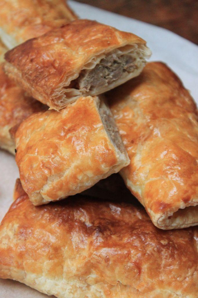 Zelf saucijzenbroodjes maken Foodblog Foodinista