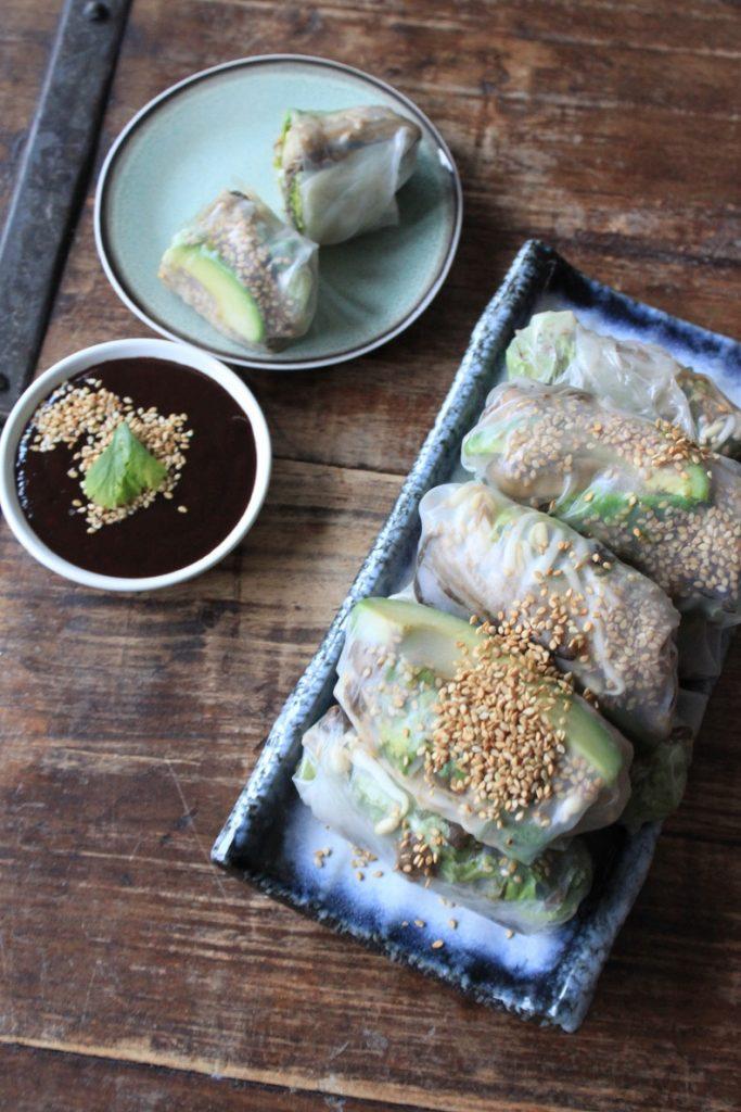 Springrolls recept met paddenstoelen, taugé en avocado van Foodblog Foodinista