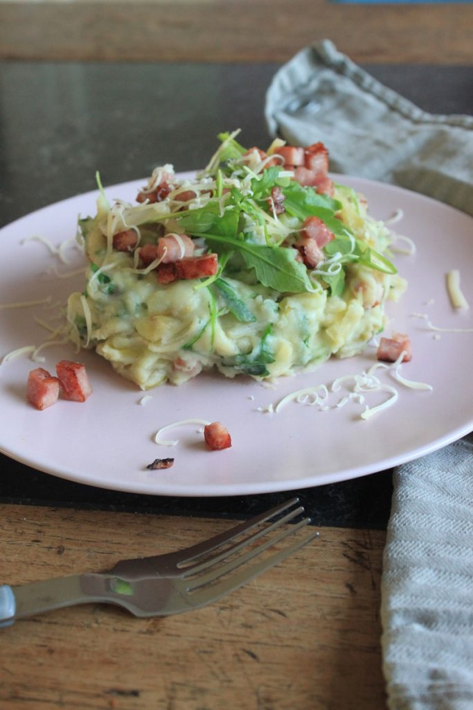 Recept stamppot met witlof, rucola, ham en kaas van Foodblog Foodinista