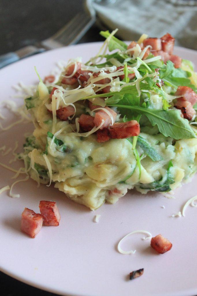 Stamppot recept met witlof, rucola, ham en kaas van Foodblog Foodinista