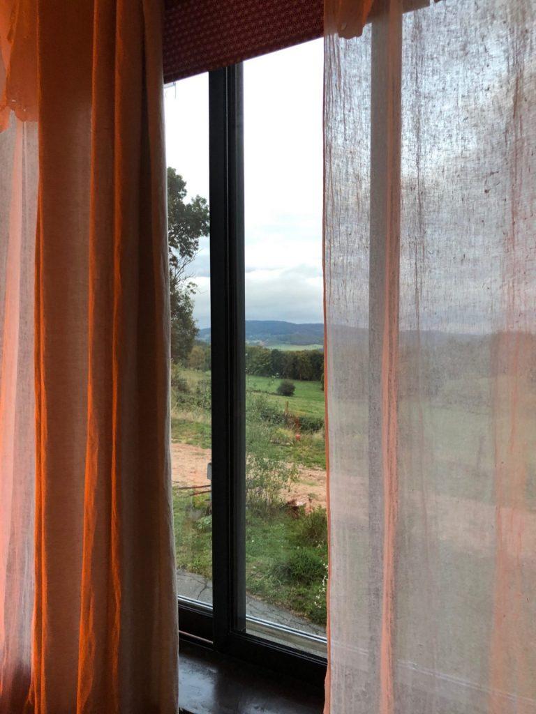 Avonduitzicht vanuit mijn kamer bij de B&B in de Loire