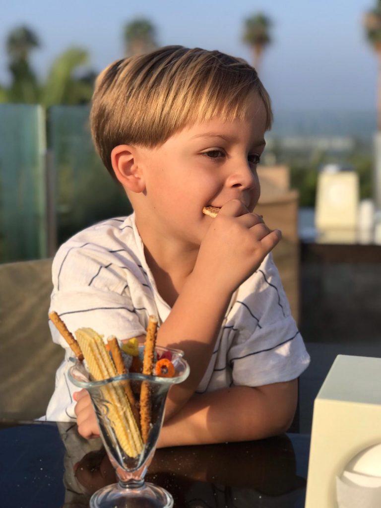 All Inclusive naar Turkije - Palm Wings Ephesus in Kusadasi - Kinderen ontbijten met snoepcocktails