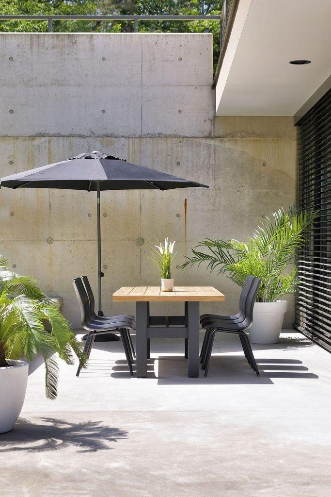 Maak je terras zomer klaar met de perfecte parasol