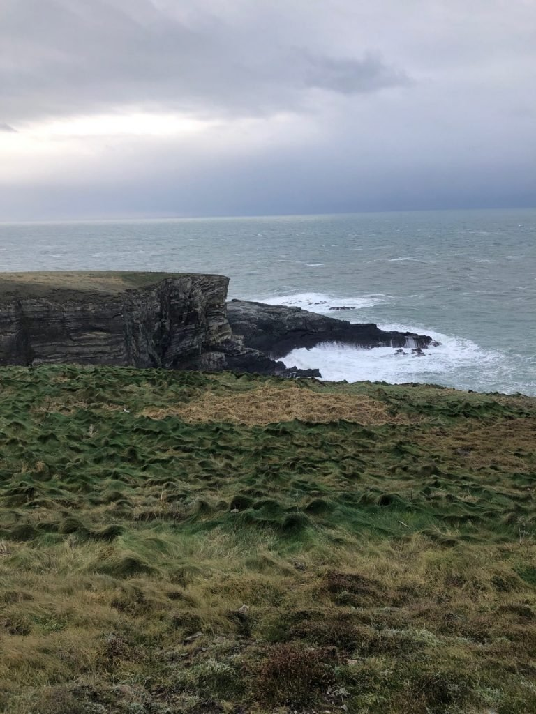 Ruig en wild Mizen Head in Cork Ierland - Reistips voor Ierland