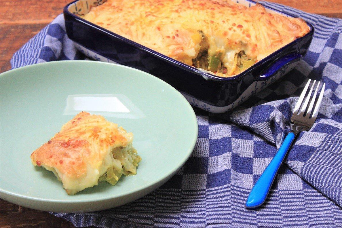 Ovenschotel prei en kerrie met gehakt en aardappelpuree - koken zonder pakjes en zakjes - recept van Foodblog Foodinista