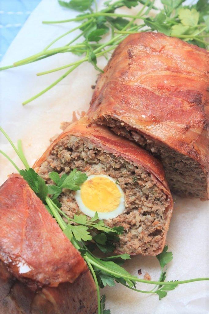 Gehaktbrood met ei, kaas en gevulde ham recept van Foodblog Foodinista