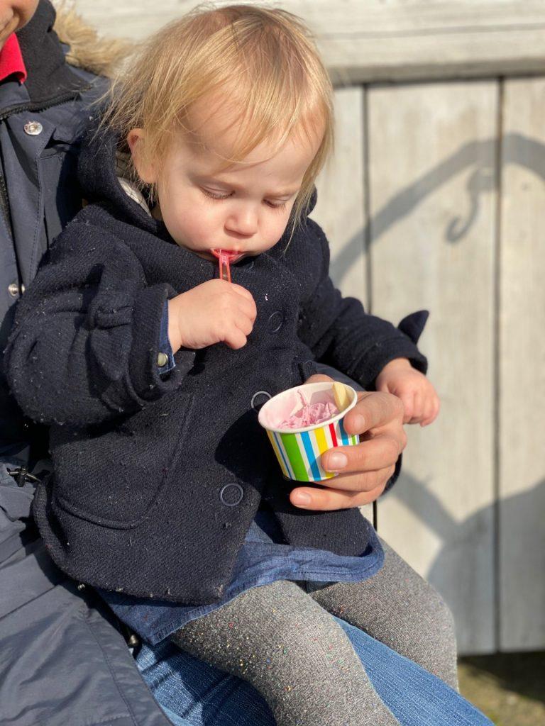 Berenjacht met als beloning een ijsje