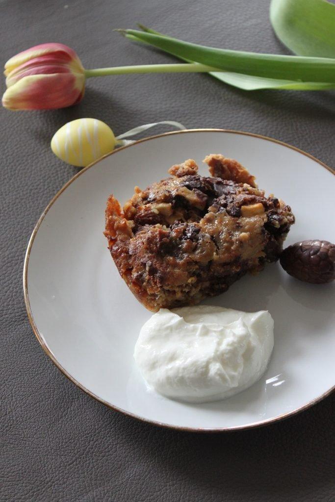 Paasbrood broodpudding met Paaseitjes en appel - Paasbrood leftover recept