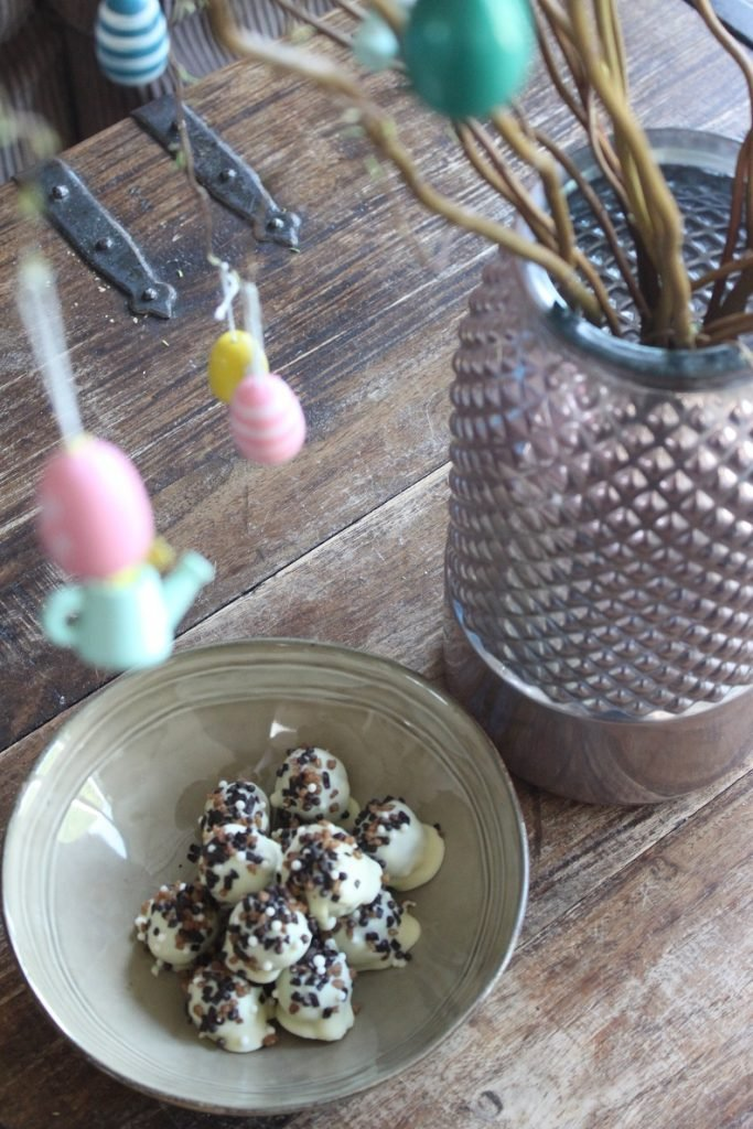 Recept voor bites met Paasbrood en WItte chocolade van Foodblog Foodinista