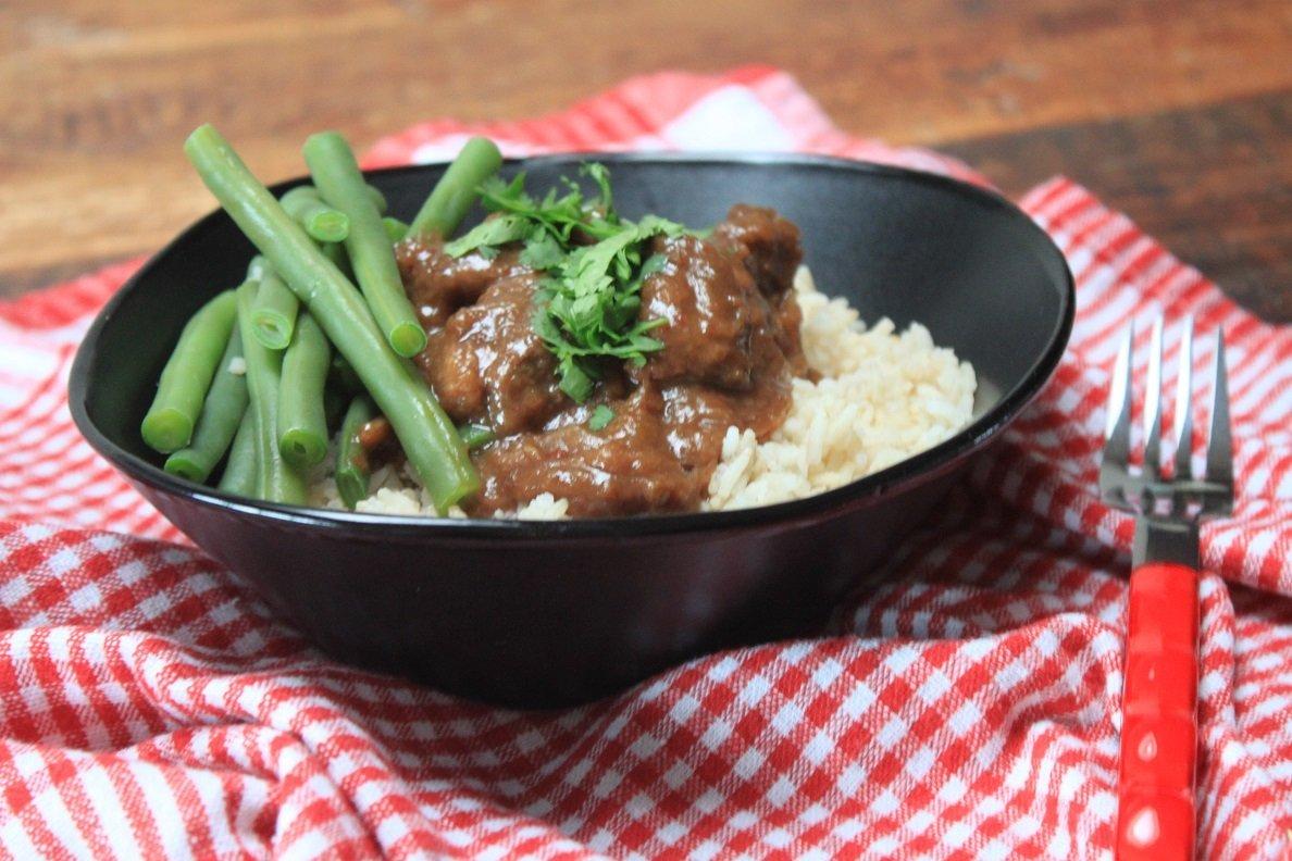Stoofvlees met sojasaus, bruin bier en sjalotjes - stoofpotje recept van Foodinista